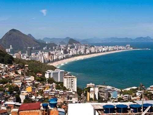 Một góc thành phố Rio de Janeiro. Ảnh: dabldy/iStock