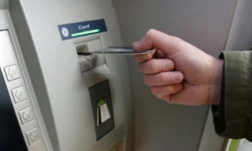 Ngân hàng được yêu cầu nghiên cứu xây dựng quy trình mở tài khoản và phát hành thẻ cho người khiếm thị.