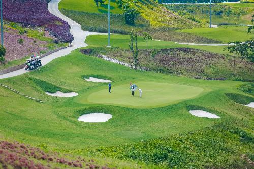 Mô hình bất động sản nghỉ dưỡng sân golf tại Yên Dũng Resort & Golf Club