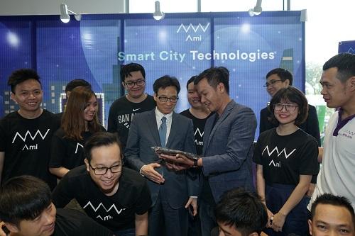 Quán quân Techfest 2017 đề xuất nhiều chính sách khởi nghiệp