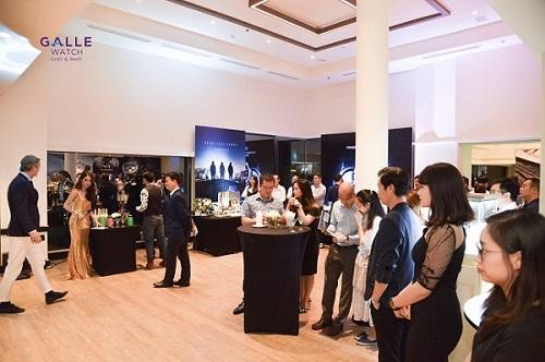 Hybrid Manufacture  đồng hồ 3.0 đầu tiên trên thế giới đến Việt Nam