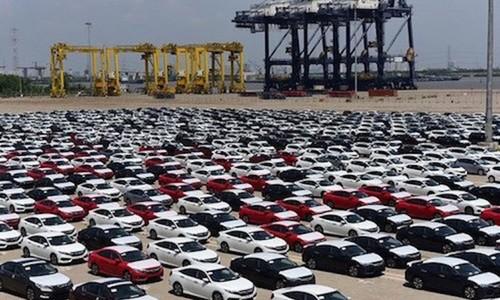 Người Việt chi hơn 1,6 tỷ USD nhập xe ngoại