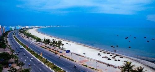 Phát triển du lịch biển ven trục đường Nguyễn Tất Thành là đòn bẩy thúc đẩy gia tăng giá trị bất động sản trong khu vực.