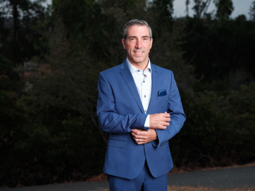 Thomas Carter - Nhà sáng lập kiêm CEO DealBox. Ảnh: DBF