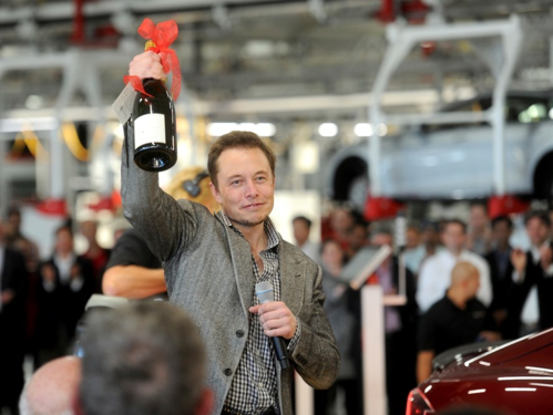 Elon Musk trong một sự kiện của Tesla. Ảnh: Reuters