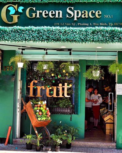 Cửa hàng GreenSpace Store tại Tân Bình. Ảnh: Hữu Khoa