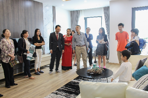 The Central Thanh Hóa khai trương nhà mẫu
