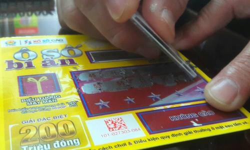 Xổ số TP HCM tung vé cào trúng độc đắc 200 triệu đồng - ảnh 1