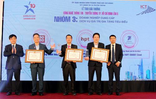 Ví điện tử MoMo nhận giải thưởng kép tại ICT Awards 2018