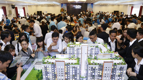 Dự án này được công bố vào cuối năm 2017, thu hút nhiều khách hàng, nhà đầu tư bất động sản Đồng Nai và Bình Dương. Hơn 1.000 căn hộ tại dự án được bán hết trong vòng 4 tháng.   Ở thời điểm hiện tại, khi đã cất nóc, dự án có dư địa tăng giá trên thị trường thứ cấp rất cao, từ 150 đến 250 triệu đồng một căn tuỳ diện tích, đại diện chủ đầu tư nhấn mạnh.
