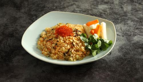Một món ăn đặc biệt, được kết hợp giữa ẩm thực Việt Nam và Nhật Bản tại Ngon Garden làơm chiên trứng cua