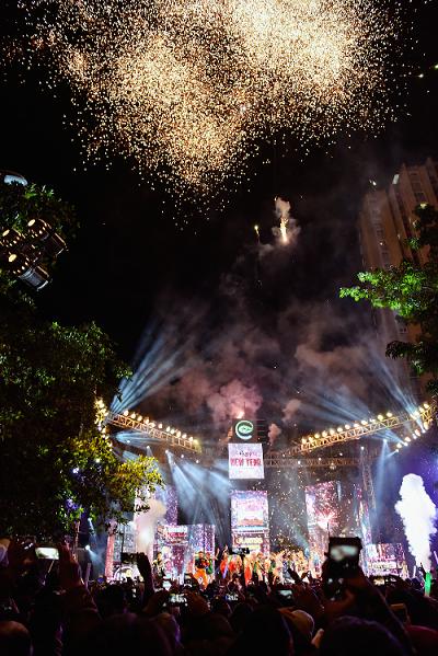 Chủ đầu tư Ecopark chi hàng tỷ đồng tổ chức lễ hội đón năm mới cho cư dân