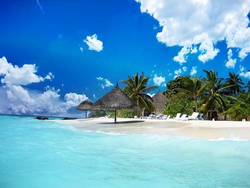 Phú Quốc là một trong những địa điểm du lịch Việt Nam hấp dẫn du khách quốc tế.