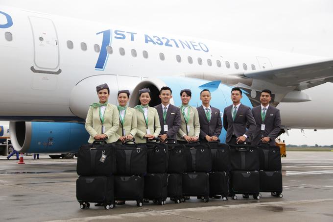 Bên trong máy bay Bamboo Airways ngày đầu  cất cánh