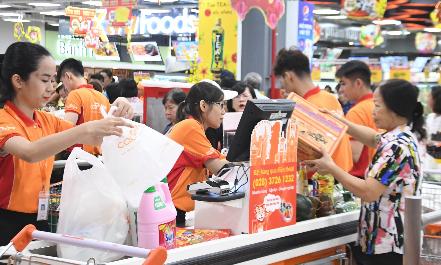 Cơ hội trúng xe Piaggio khi mua sắm tại Co.opXtra Phạm Văn Đồng