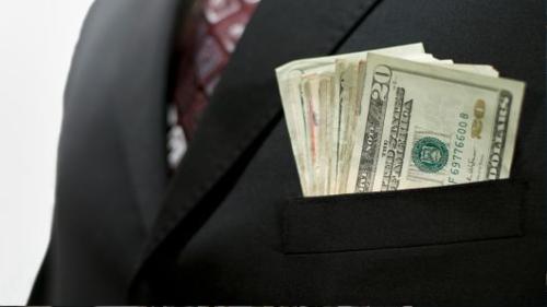 Người giàu trên thế giới đang ngày một giàu lên. Ảnh: AFP