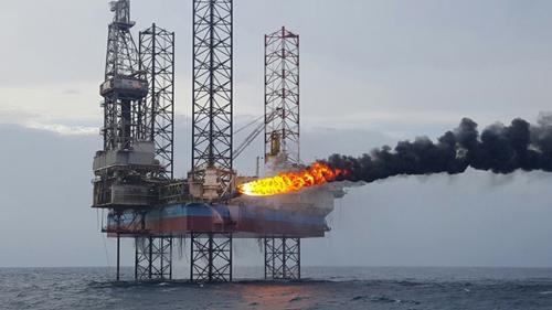 Thử vỉa dầu tại mỏ Cá Tầm.