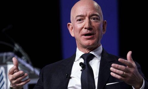 Ông chủ Amazon - Jeff Bezos trong một sự kiện hồi tháng 9 năm ngoái. Ảnh: AFP
