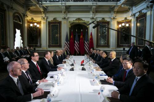 Cuộc đàm phán của quan chức cấp cao Mỹ - Trung tại Washington hồi giữa tuần. Ảnh: Bloomberg