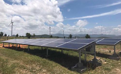 Giá điện mặt trời cao nhất gần 2.500 đồng một kWh