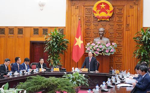 Thủ tướng chủ trì cuộc họp bàn giải pháp cho ngành công nghiệp ôtô Việt Nam. Ảnh: VGP
