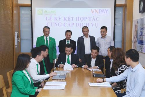 Thêm ông lớn taxi triển khai thanh toán VNPAY-QR (bài xin Edit)