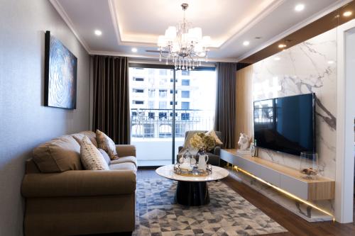 Không gian căn hộ rộng rãi, phù hợp cho gia đình nhỏ hoặc gia đình nhiều thế hệ, tạo cảm giác gần gũi trong cuộc sống.