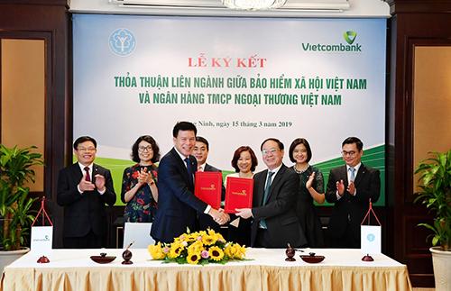 Vietcombank ký kết thỏa thuận liên ngành với Bảo hiểm xã hội Việt Nam - ảnh 2