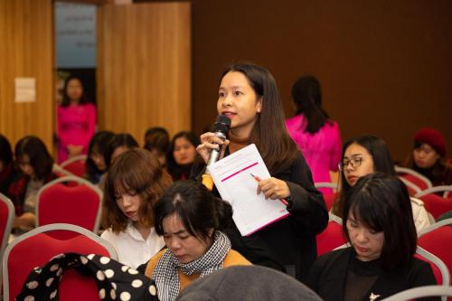 Các bạn sinh viên quan tâm đến tiêu chí tuyển chọn và nội dung huấn luyện tại buổi họp báo ra mắt DynaGen Initiative ngày 26/2.
