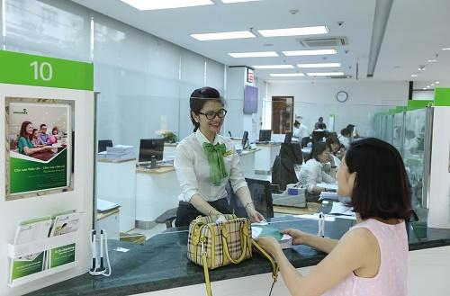 Chất lượng nguồn nhân lực và chăm sóc khách hàng là mục tiêu trọng tâm của ngân hàng.