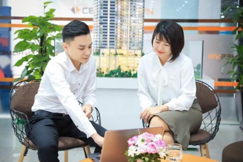 Đội ngũ môi giới bất động sản được coi là cầu nối giữa chủ đầu tư và khách hàng.