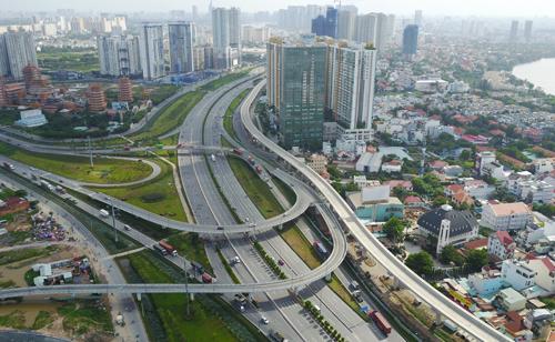 Thị trường nhà ở TP HCM đang có đà giảm tốc kéo dài. Ảnh: Quỳnh Trần