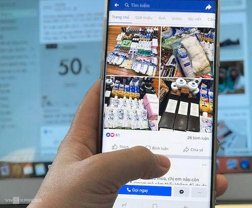Việc kiểm soát chất lượng hàng bán trên mạng xã hội, các trang thương mại điện tử đang làm khó nhà chức trách. Ảnh: HT
