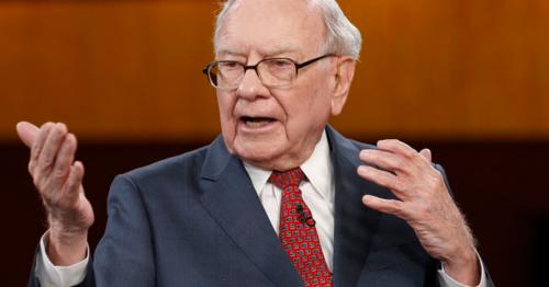 Huyền thoại đầu tư Warren Buffett trong một sự kiện. Ảnh: CNBC