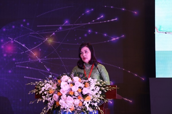 Đại diện Vietjet: ''Phái nữ đủ bản lĩnh chinh phục ngành hàng không'' - Kinh Doanh