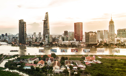 Nhiều người chấp nhận mua nhà phố hẻm ở quận 1, TP HCM chỉ vì muốn có hộ khẩu trung tâm. Ảnh: Lucas Nguyễn