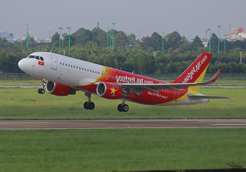 Ước tính lợi nhuận từ bán quyền mua máy bay khoảng 5 triệu USD mỗi chiếc.