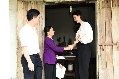 Các cơ sở y tế ở Thanh Hóa còn thiếu thốn nên nhiều người dân chủ quan về sức khỏe, không thường xuyên đi kiểm tra định kỳ. Từ thực trạng đó, tôi mới tổ chức chương trình khám bệnh miễn phí cho người dân tại Thọ Xuân - nơi tôi sinh ra và lớn lên, CEO của Sohee chia sẻ.