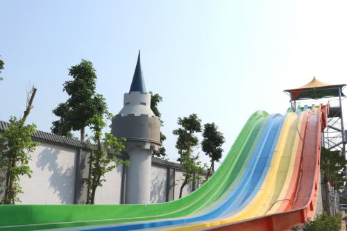 Mường Thanh sắp khai trương công viên nước rộng 3ha - 3