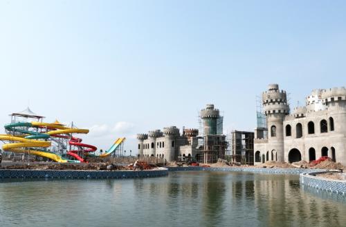 Mường Thanh sắp khai trương công viên nước rộng 3ha - 4