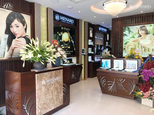 Sau 15 năm phát triển thành công với 27 cửa hàng trên toàn quốc, Menard Việt Nam bắt đầu triển khai mô hình hợp tác đầu tư