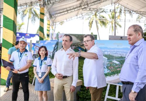 Gian triển lãm của Phú Long hút khách tham quan tại Festival biển Nha Trang - ảnh 5