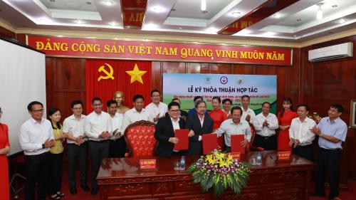 C.P. Việt Nam hợp tác xây dựng chuỗi sản xuất thịt gà an toàn để xuất khẩu - ảnh 1