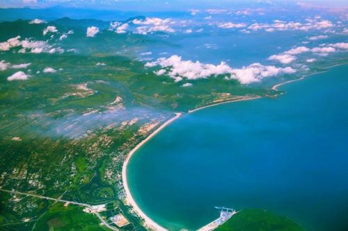 Lăng Cô cảnh quan, môi trường sinh thái của vịnh Lăng Cô, đồng thời, khẳng định vị thế và tiềm lực phát triển của khu kinh tế Chân Mây - Lăng Cô
