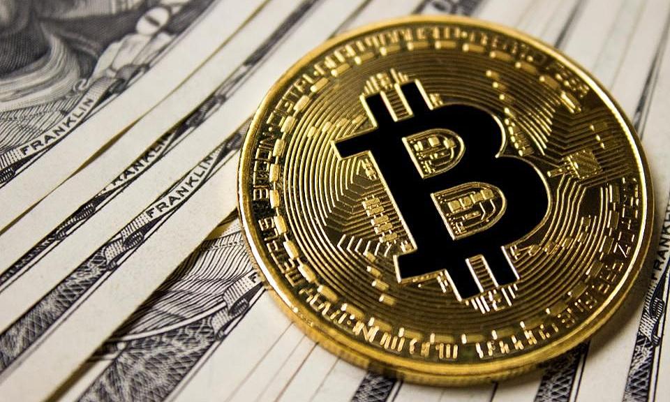 Bitcoin bị cảnh báo quay về thời kỳ bong bóng - Kinh Doanh