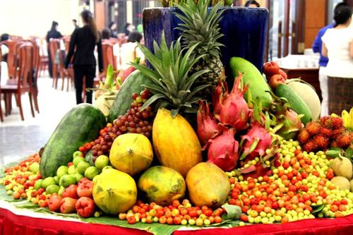 Trái cây tăng giá mạnh khi thời tiết nắng nóng.