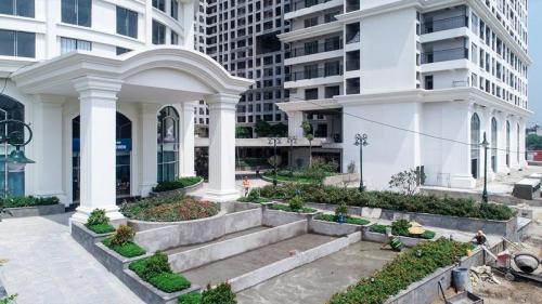 Sunshine Garden đang trong giai đoạn nước rút đến ngày bàn giao. Đây là thời điểm để khách hàng sở hữu một căn hộ vào ở ngay cùng chính sách bán hàng ưu đãi.