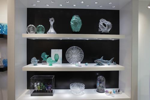 Một trong số những sản phẩm pha lên mà Lalique đang giới thiệu tại cửa hàng ở Hà Nội.