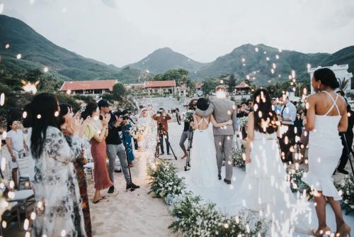Buổi tiệc cưới phong cách Á Âu ấn tượng tại Boutique Đông Dương Chu Village - 1