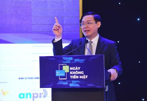 Phó Thủ tướng Vương Đình Huệ phát biểu tại hội thảo sáng 11/6. Ảnh: VGP.